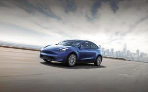 Who's got the power? Comparing Ford and Tesla electric SUVs.