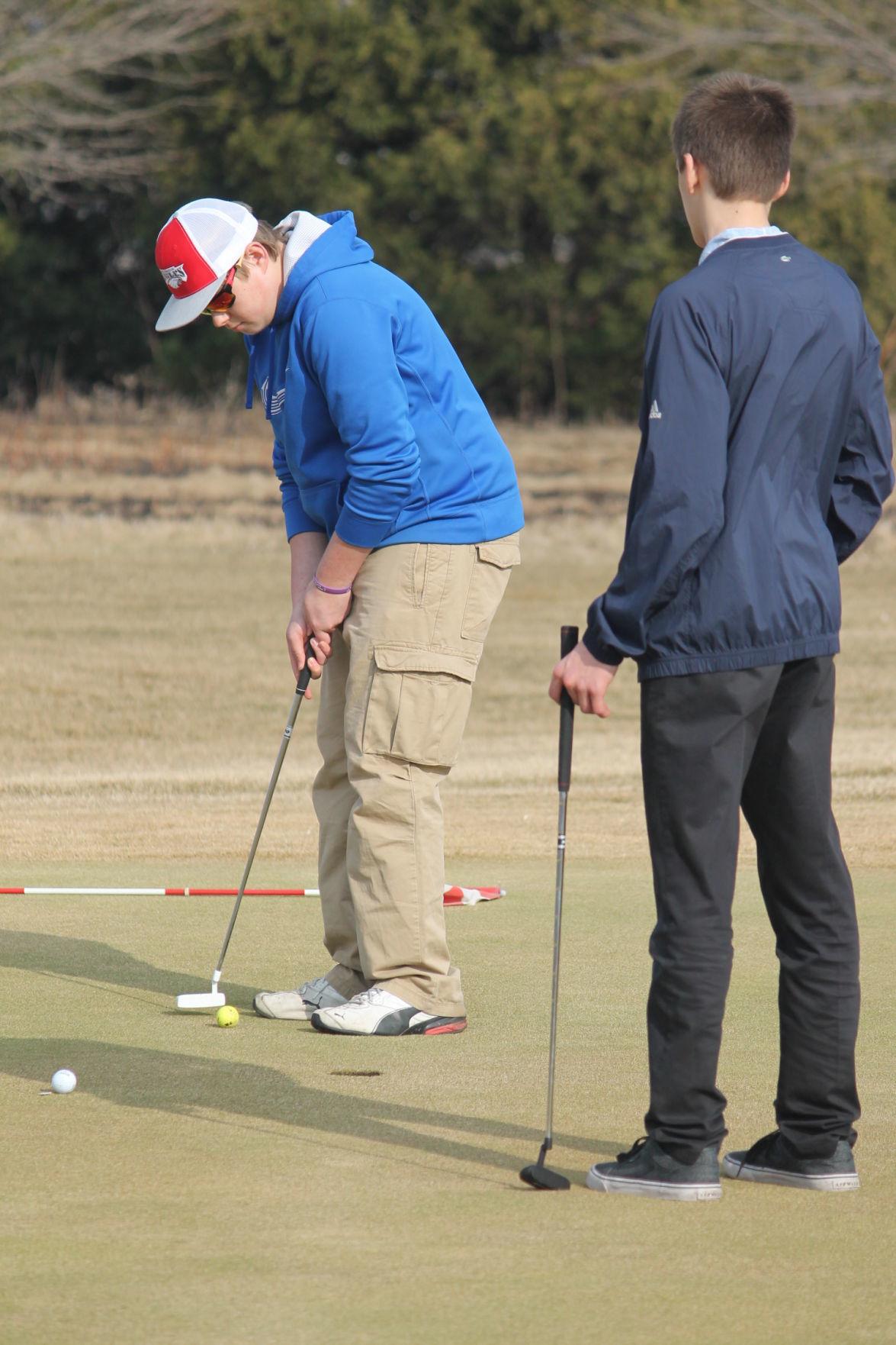 golf meet 4-5-19 034.JPG