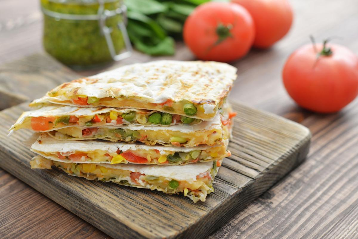 MOMS-RECIPE-QUESADILLA-MYO