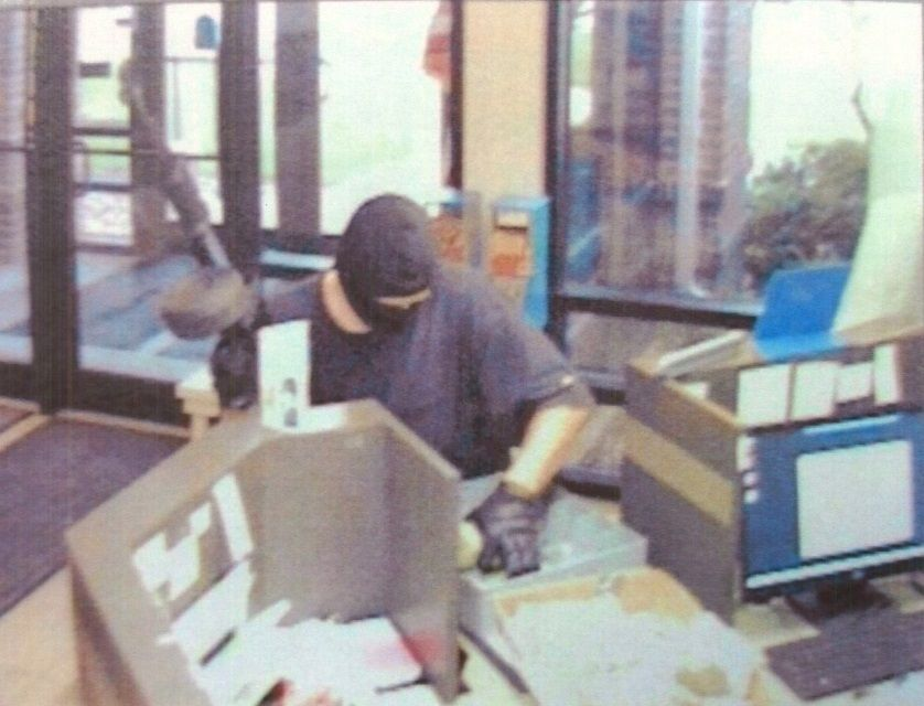 Credit Union robbery still shot