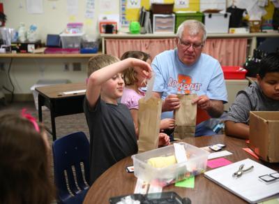 Brooke Onder class at Roosevelt Elementary (4).jpg