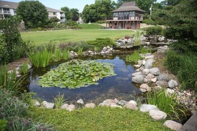 Clear Lake travel - Central Gardens