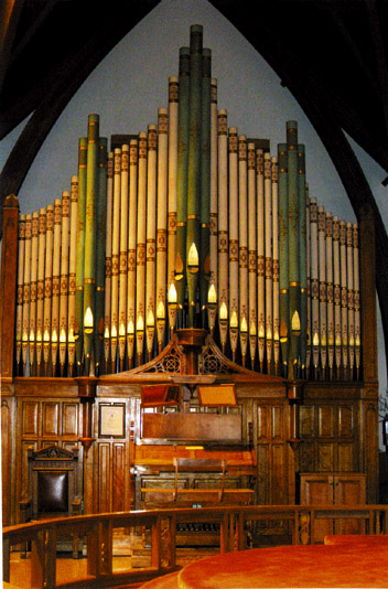 Rare pipe organ may be dismantled for parts mason city north pipe organ ccuart Image collections