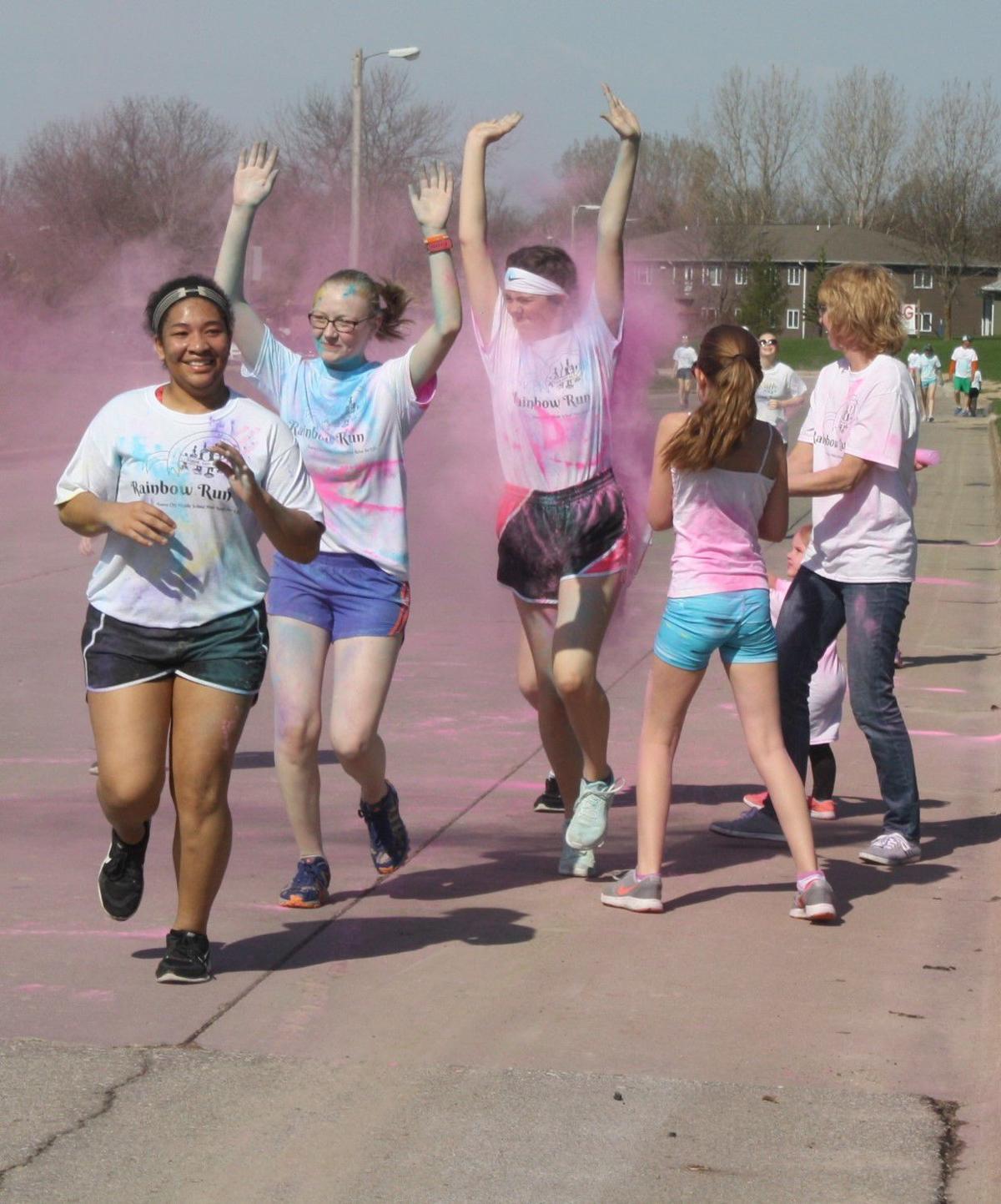 Middle School Color Run (112).JPG
