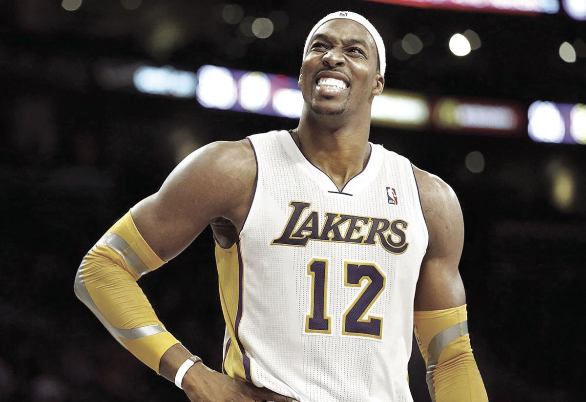 Dwight Howard agrees to return to Los Angeles Lakers.