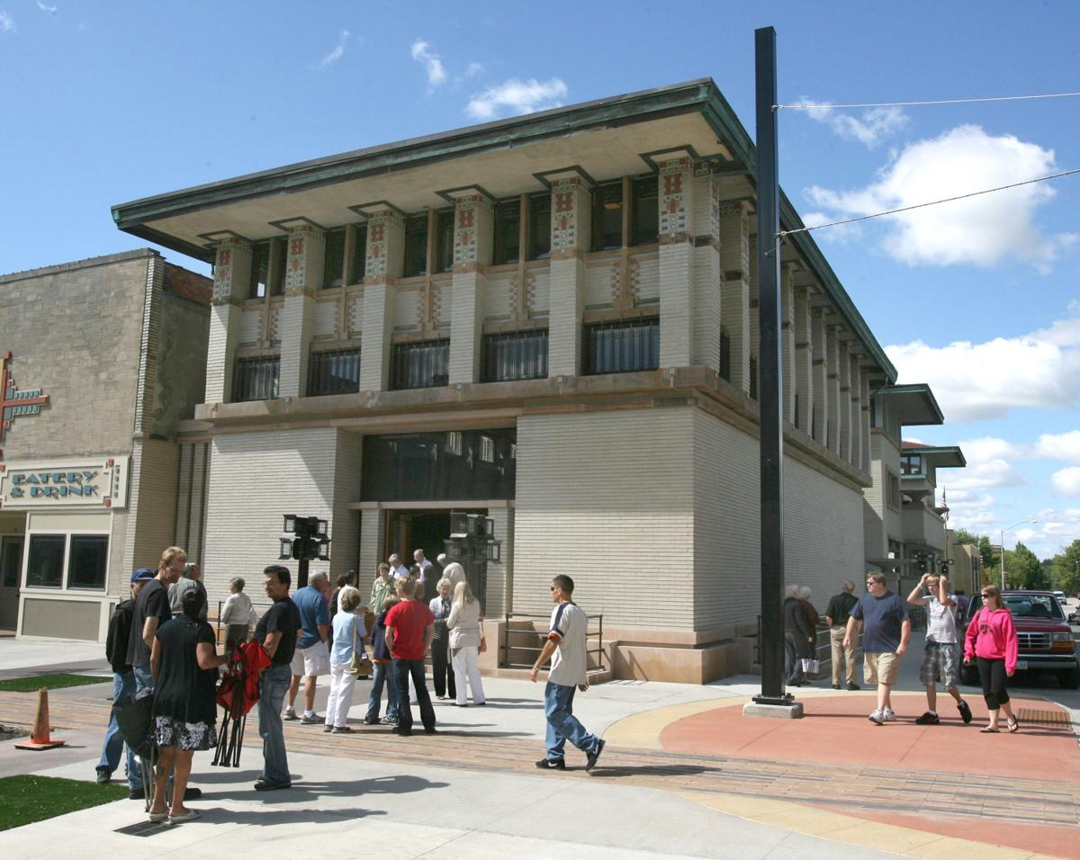 Historic Park Inn City National Bank