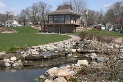 Central Gardens Pavilion.jpg