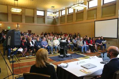 Alliant Energy public forum (4).jpg