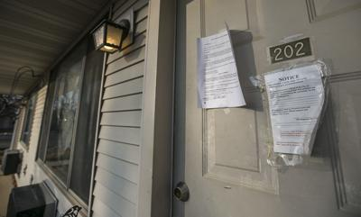 White tags, mismanagement: Residents scramble for housing from deteriorating Mason City apartments