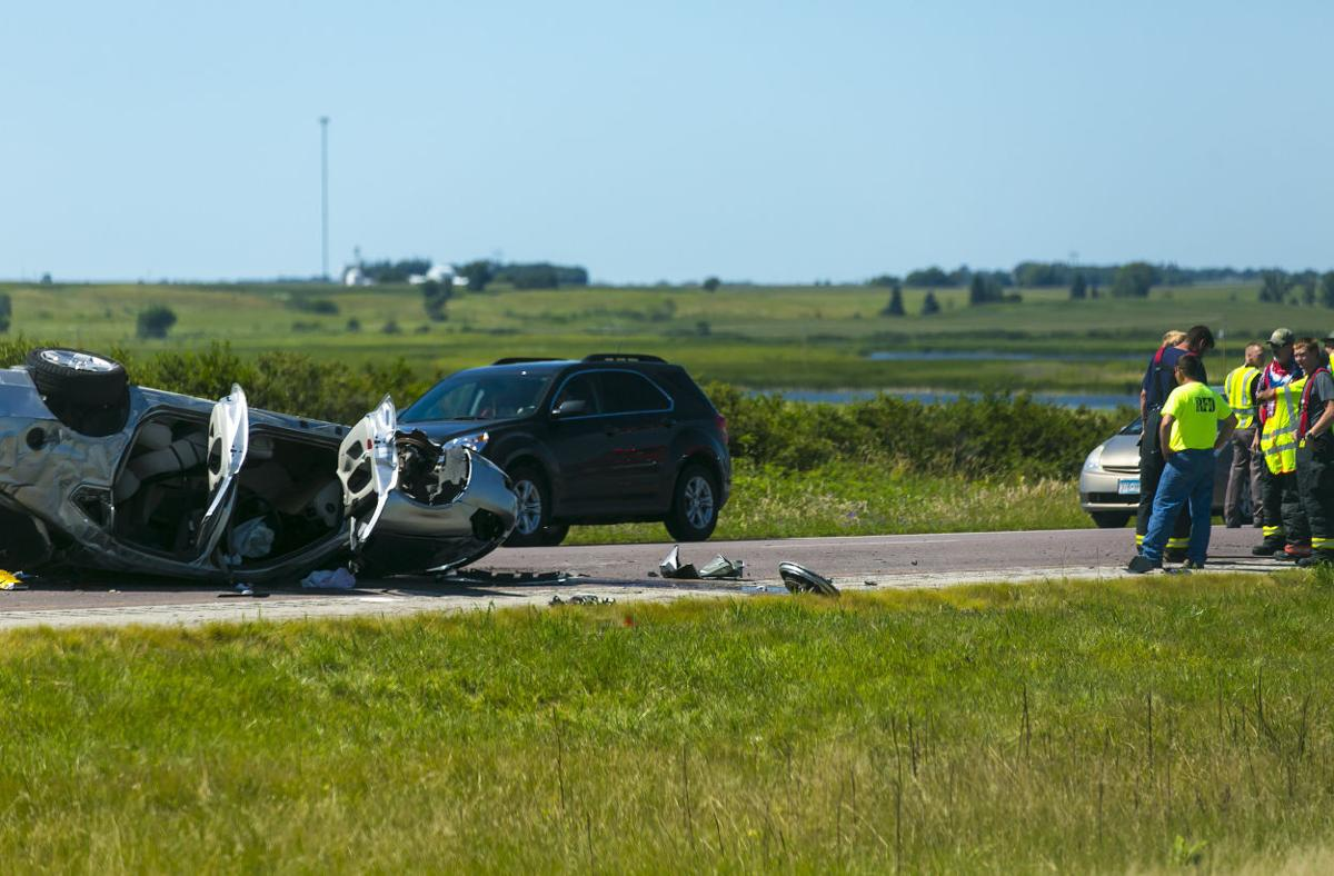 I-35 lane reopens after accident near Clear Lake | Mason City