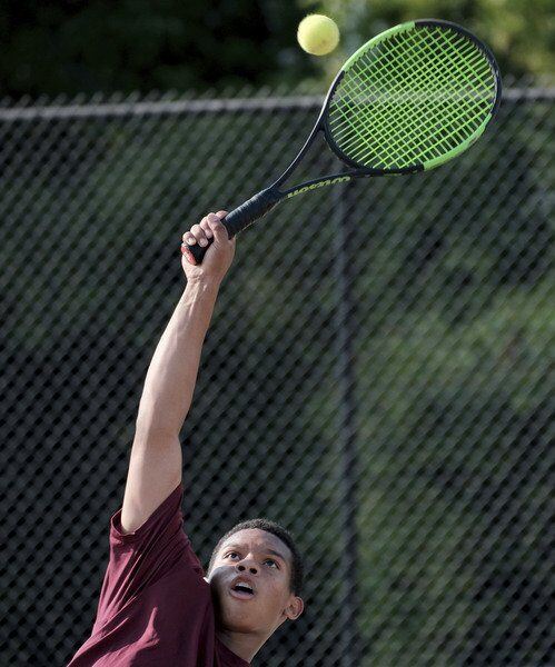 CONFERENCE CLINCHER: Gloucester boys tennis tops Winthrop, wins NEC South