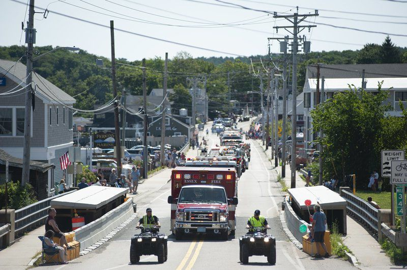 Clowns, clams, fireworks and a parade