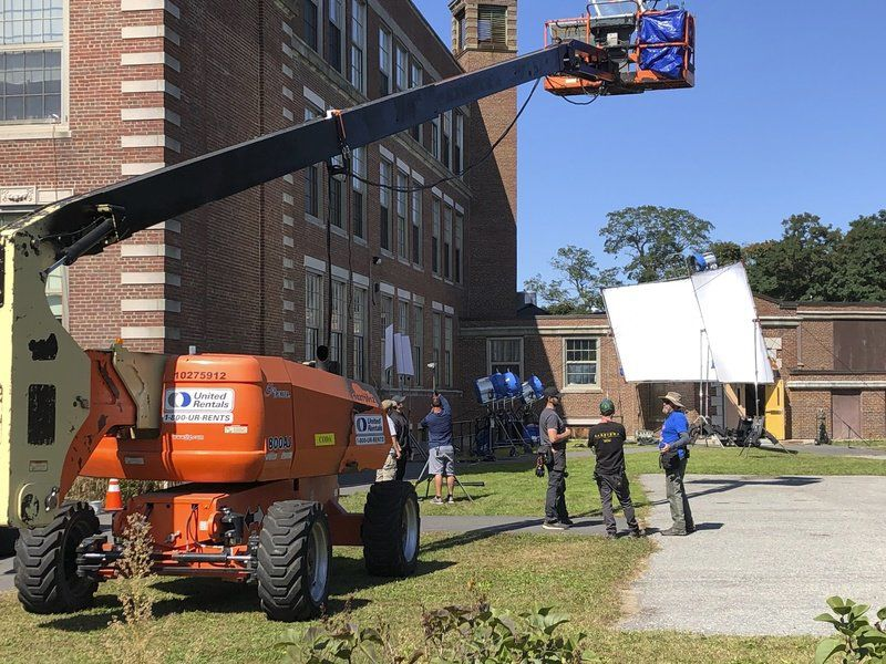 Beverly building doubling asGloucester High for movie