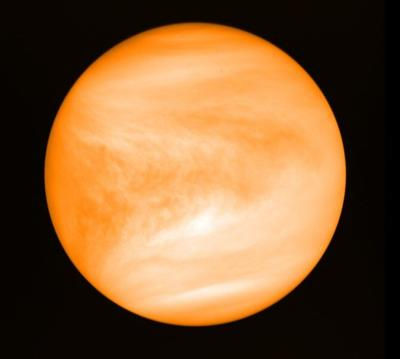 Astronomers see possible hints of life in Venus's clouds