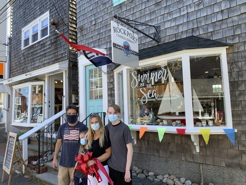Shops open on Bearskin Neck