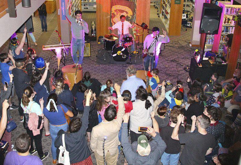 Rockers attract wizarding crowd