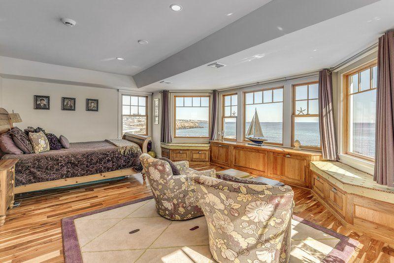 Luxury living on Gloucester's Back Shore