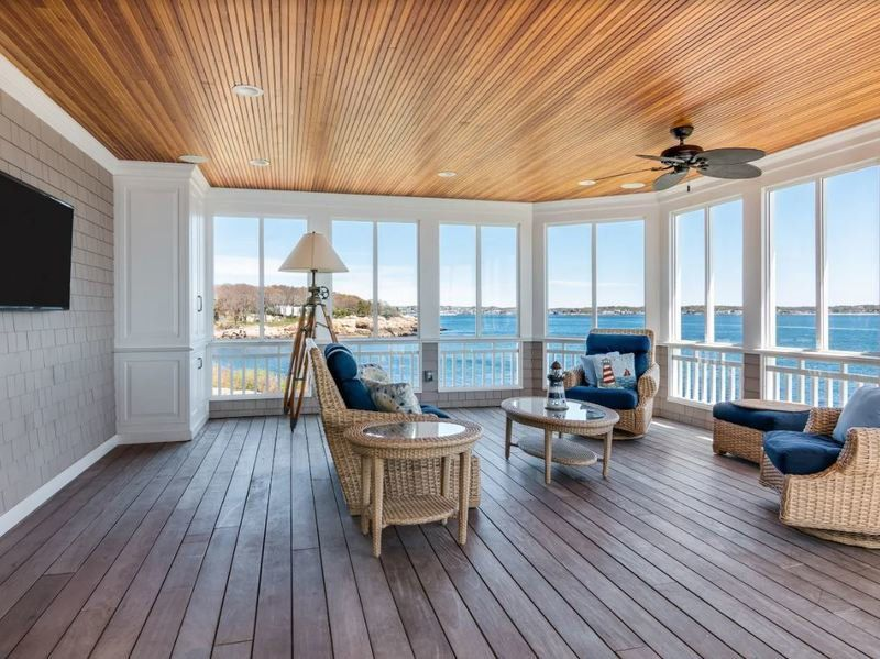 Live your perfect life in this seaside Gloucester retreat