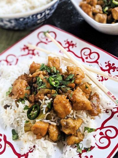 Spicy-sweetChinese chicken dishis addictive