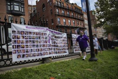 Activists keep spotlight on drug consumption sites