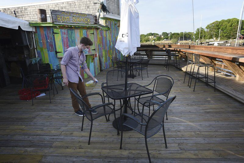 Restaurants ready to open outdoor seating
