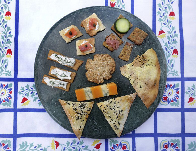Homemade crackers: Who needs a box?