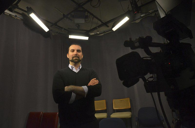 Local cable television stations face deep cuts under FCC rule