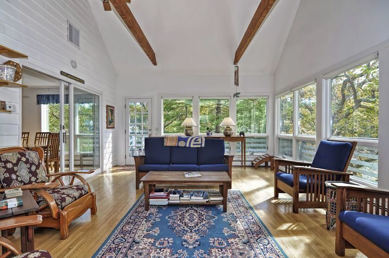 Direct waterfront Cape with stunning sunsets on picturesque Goose Cove