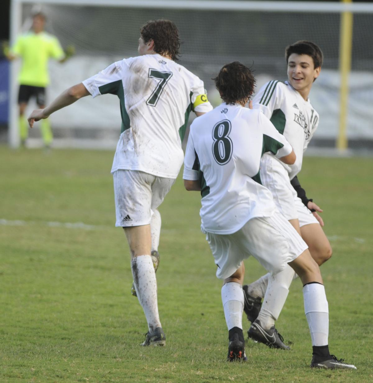 051517_fa boys soccer 7