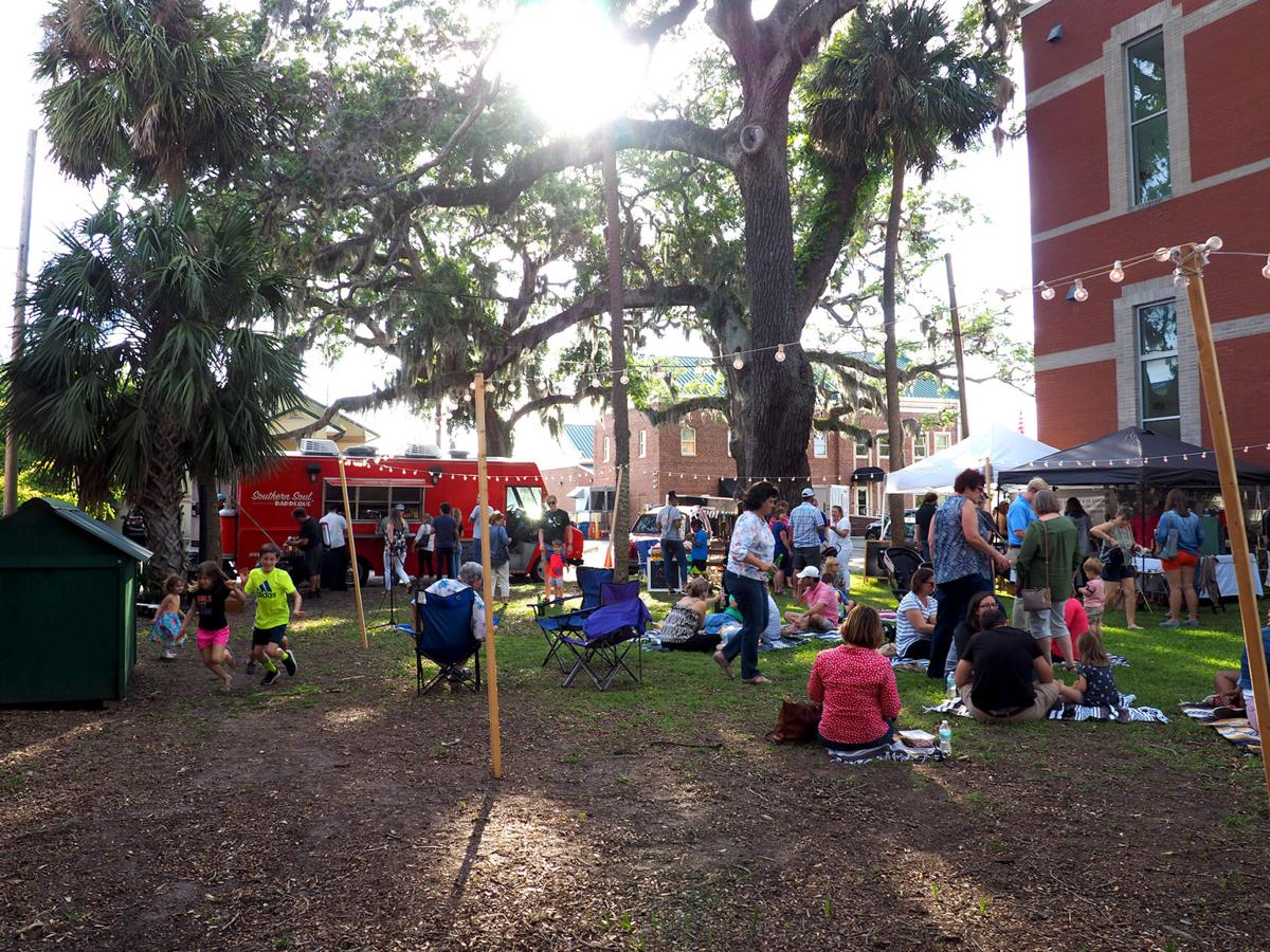 Moxie Craft Fest brings the crowds for night market in downtown Brunswick