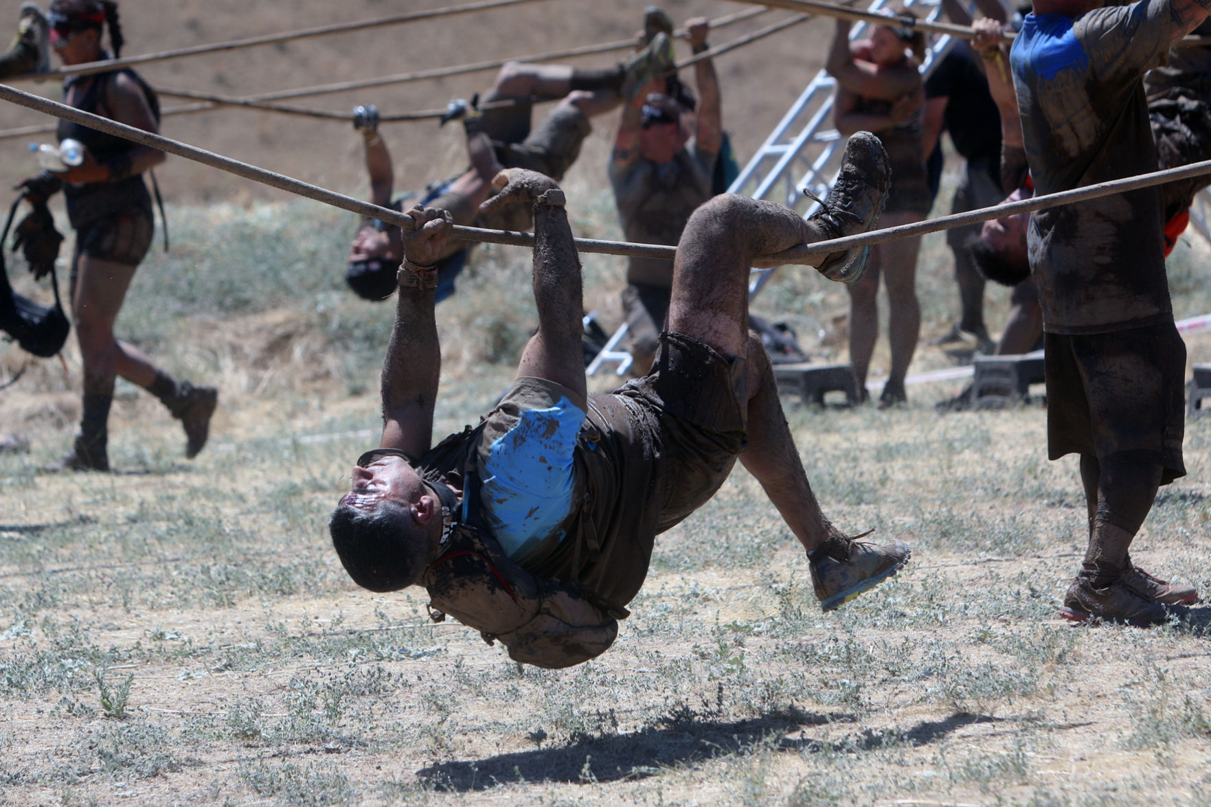 Thousands swarm to Diablo Grande for Spartan Race Golden State