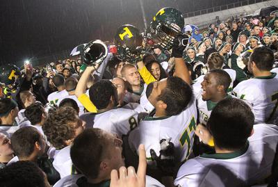 Bulldogs headed to section title game