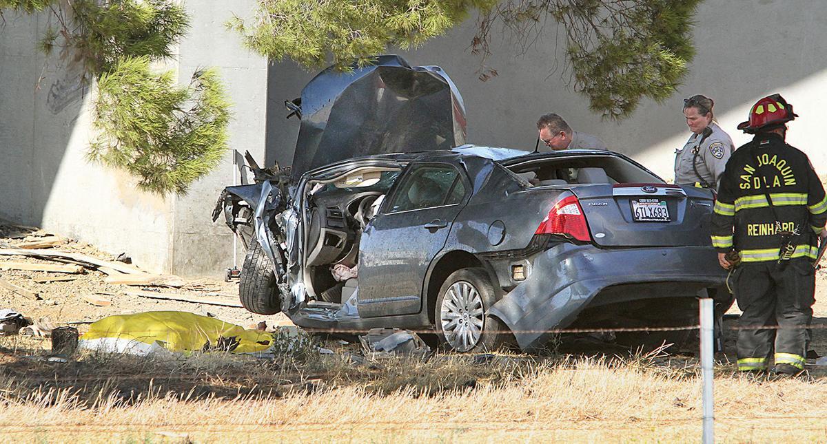 Teenage girl dies in solo crash | Tracy Press News