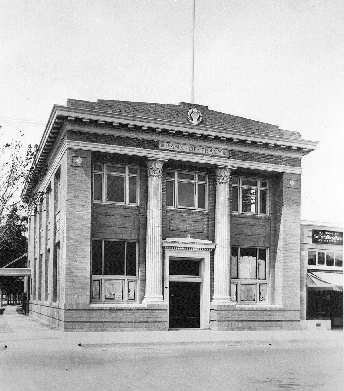 Bank of Tracy