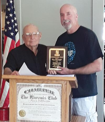 Kiwanis honors Abercrombie