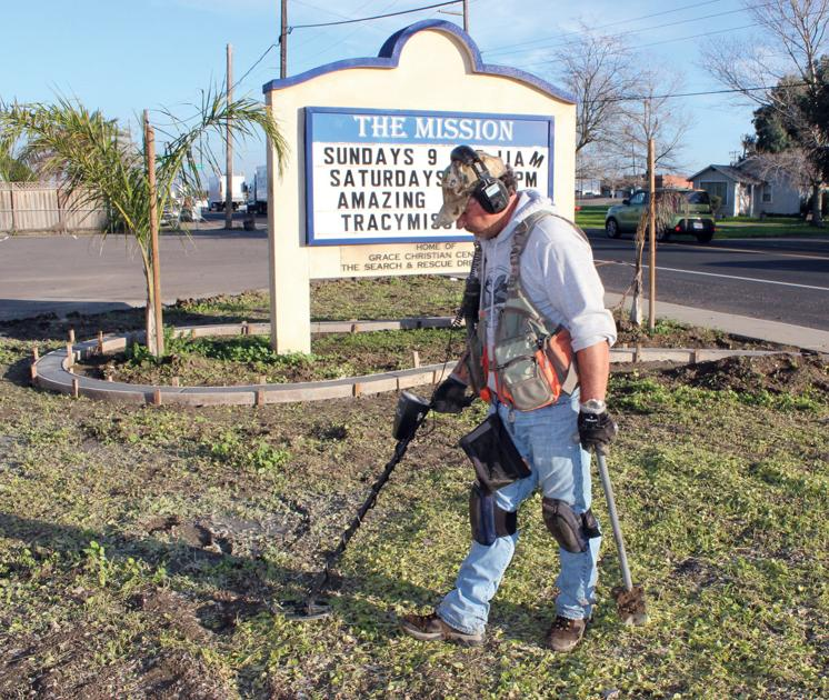 Lure Of Buried Treasure Drives Tracy Hobbyist Tracy Press Our Town