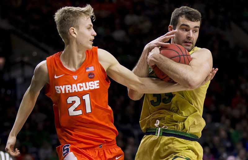 Nd Men S Basketball Irish Fall Off In 2nd Half Lose To Orange