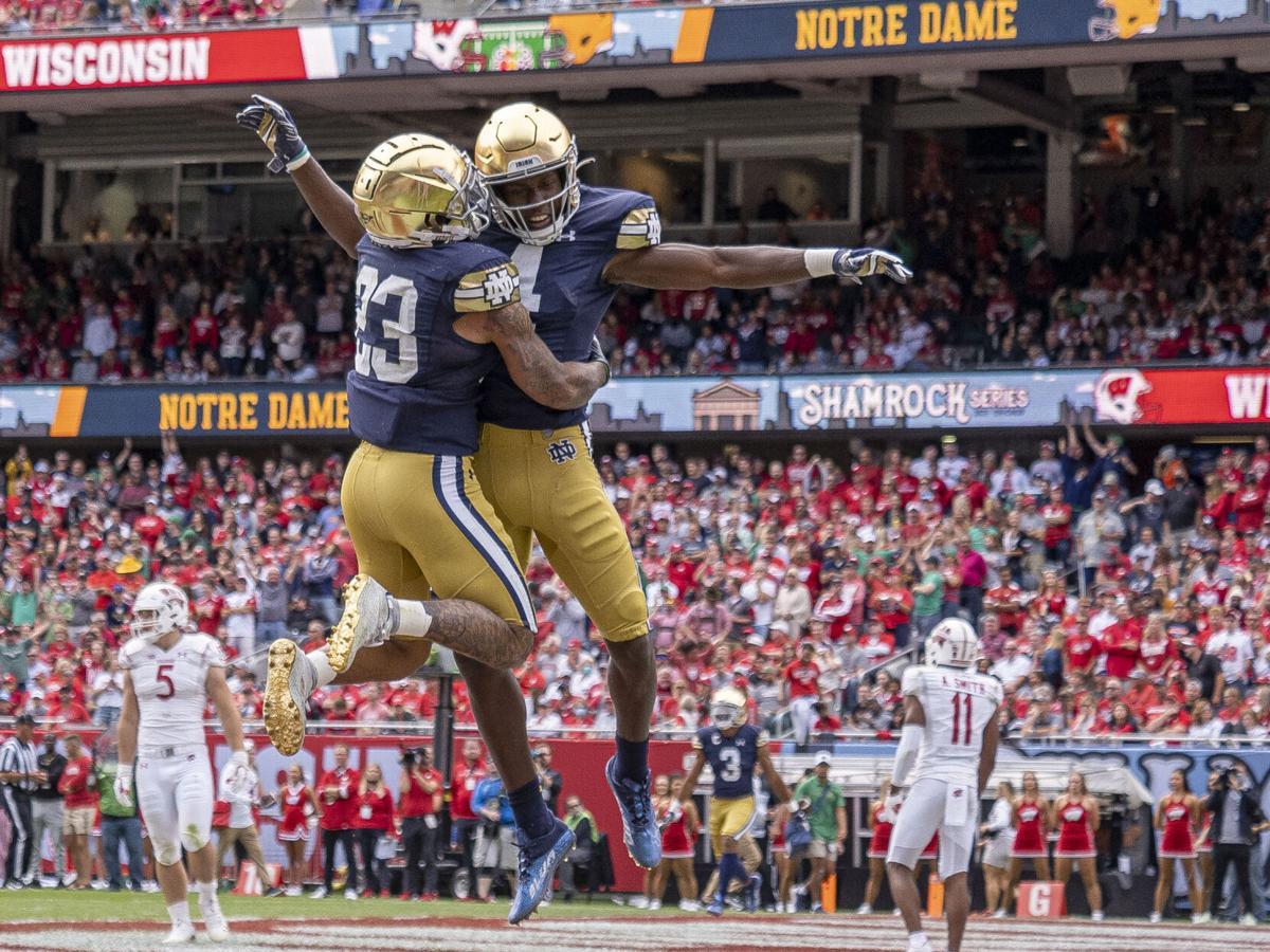 #12 Notre Dame defeats #18 Wisconsin 41-13 - Austin Willems celebration