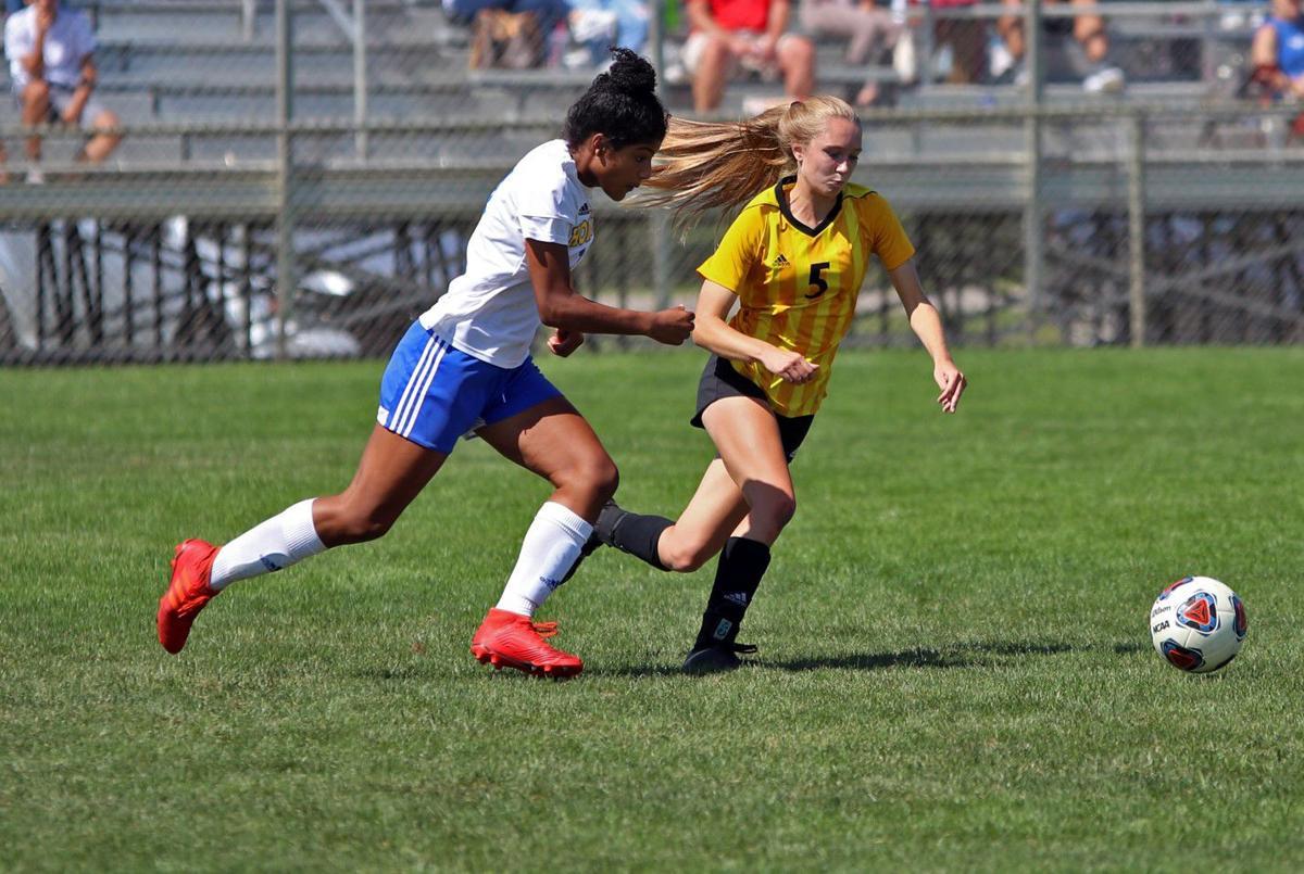 Homestead vs. Northridge girls soccer pictures 1