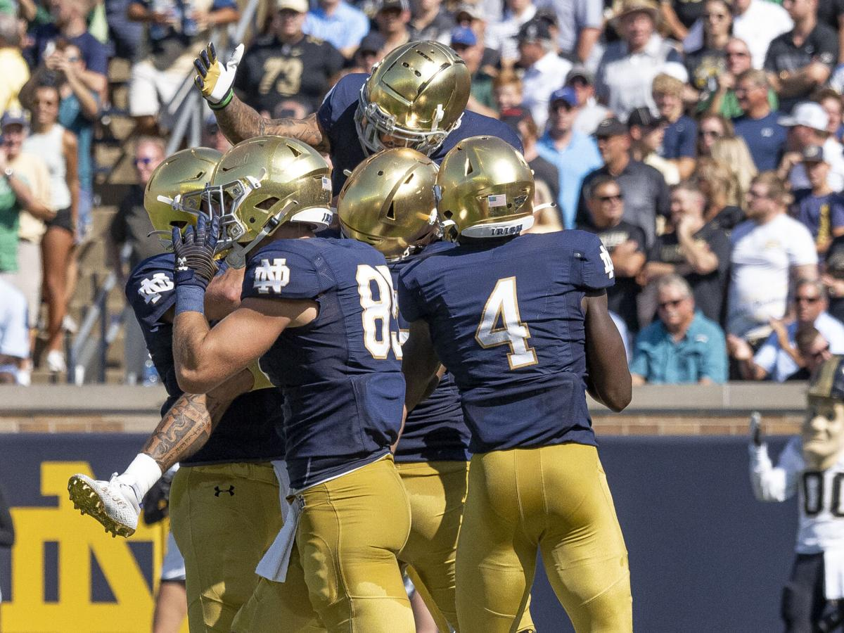 COLLEGE FOOTBALL: SEP 18 Purdue at Notre Dame - celebration Williams first TD