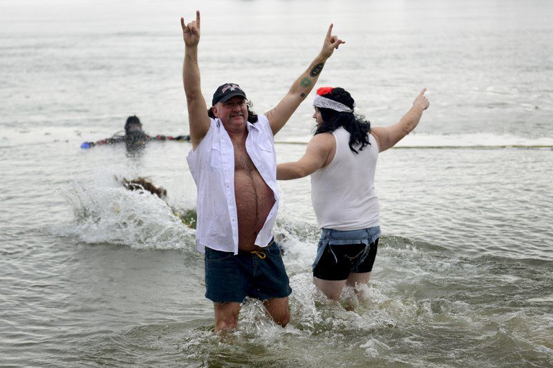 Polar plungers dip for fire department