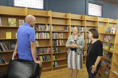 New Fables bookstore opens