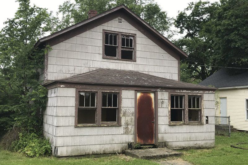 Goshen landlord given 60 days to deal with houses that were found
