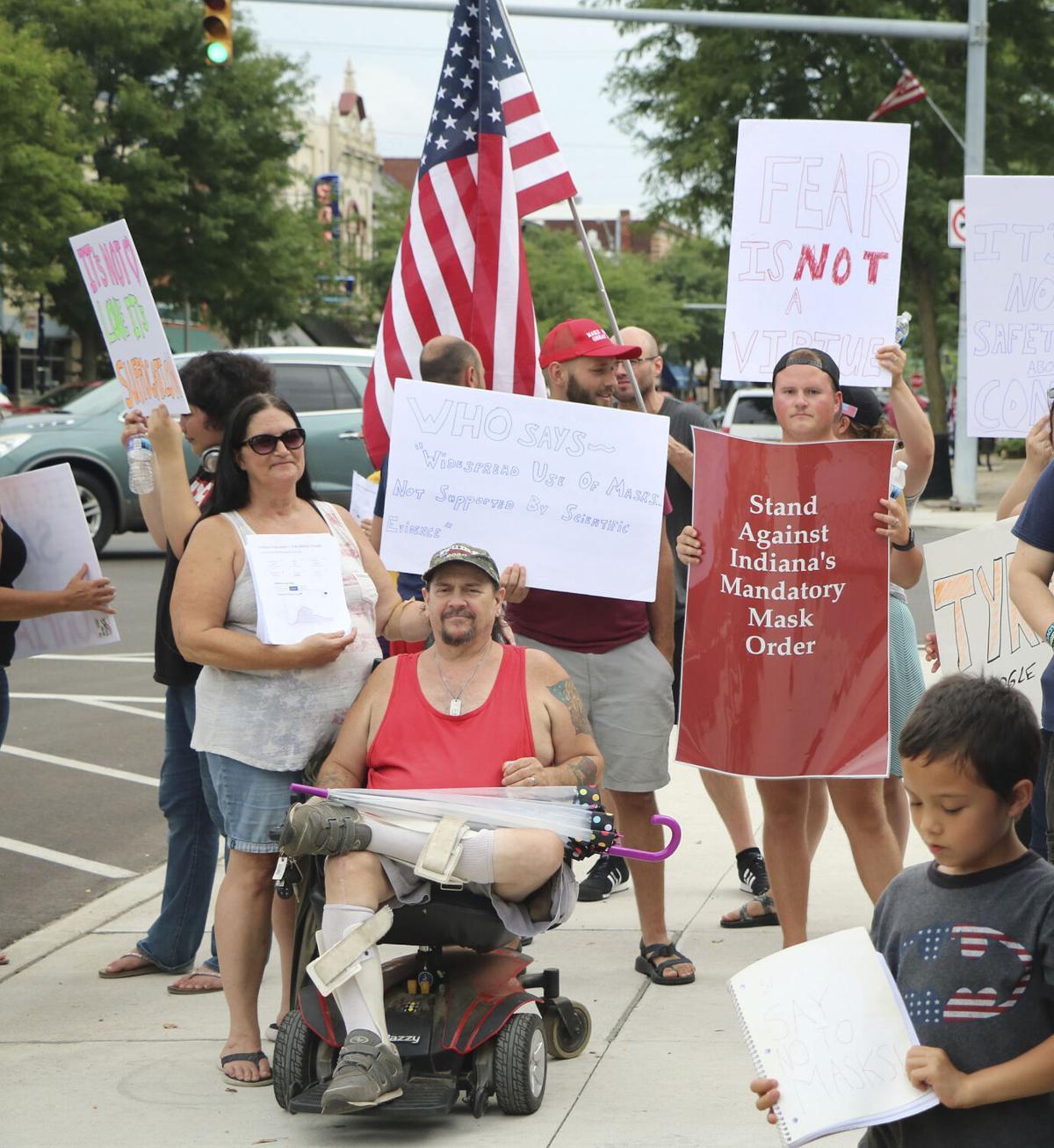 20200727-nws-nomaskprotest sign.jpg