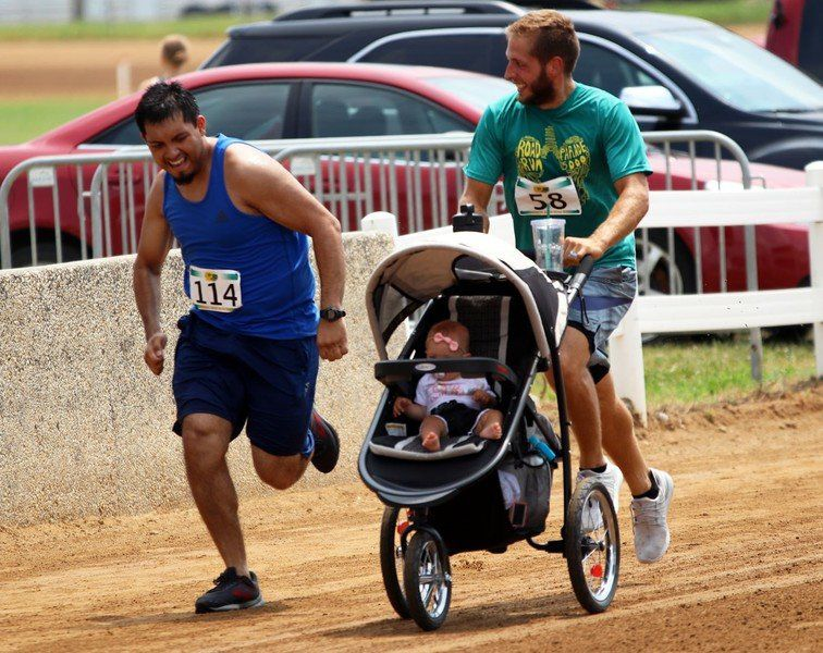 Parade 5000 Road Run brings out old, new runners