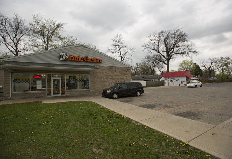 About Little Caesars: Little Caesars is located at W Manlius St in East Syracuse, NY - Onondaga County and is a business listed in the categories Pizza Restaurant, Italian Restaurants, Restaurant Italian and .