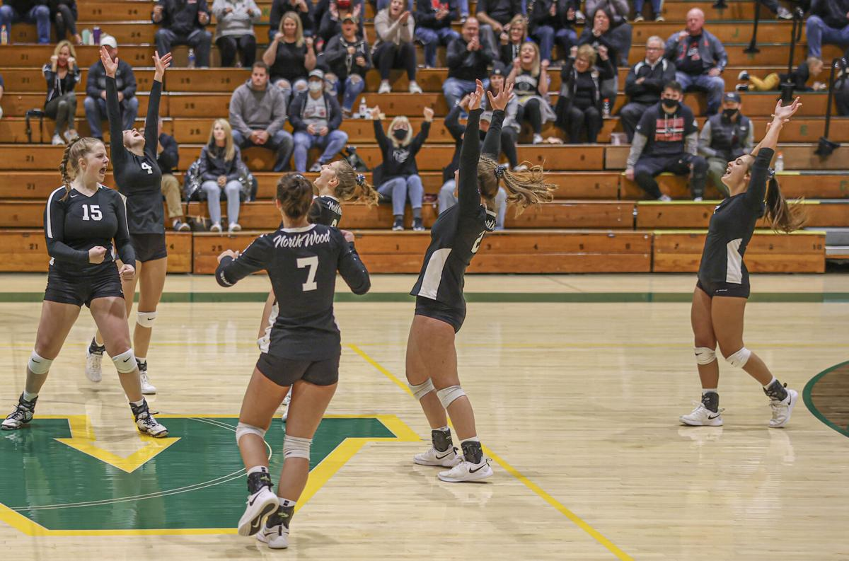 NorthWood vs. Wawasee volleyball sectional final 10 17 2020 pic 1