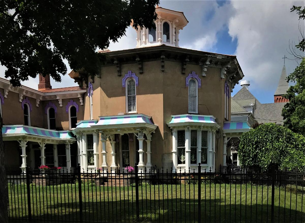 Another of the classic Victroian homes in Marshall.JPG