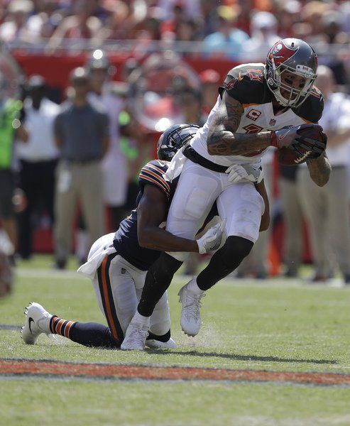 Bucs force four turnovers, throttle Bears 29-7 in season opener