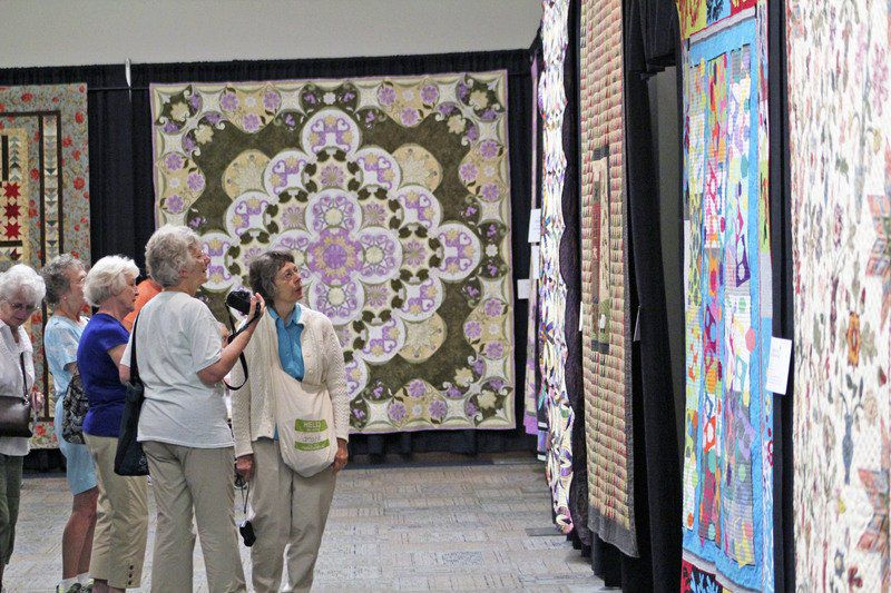 Shipshewana Quilt Festival Blankets Town Through Saturday Local